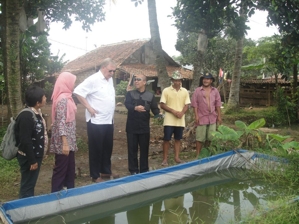 Site visit to case study area of Rural & Agricultural Landscape Practical Courses in Cihideung Udik, Bogor with Graduate Students, Batch 2012/2013